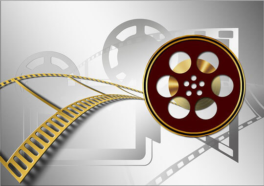 Những Sự Thật Chưa Từng Biết Về Dịch Phim