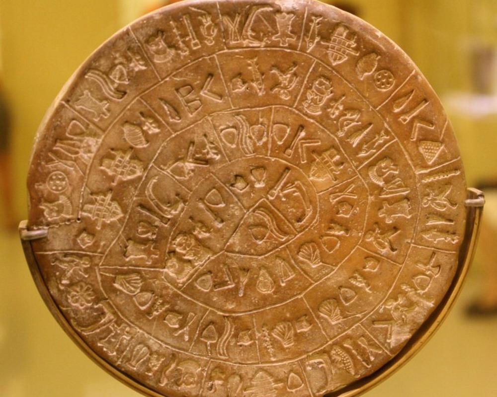 The oldest language Ngôn